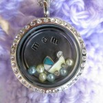 locket for expectant mom