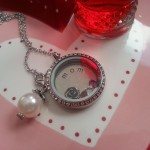 mothers locket